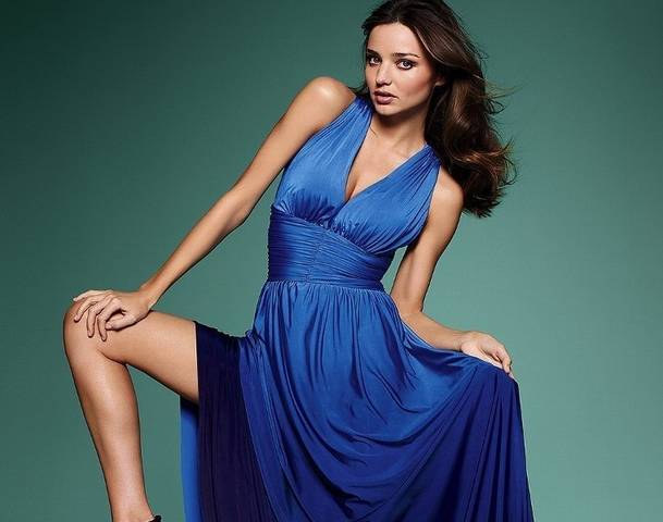 Gorgeous Miranda Kerr the blue sex bomb