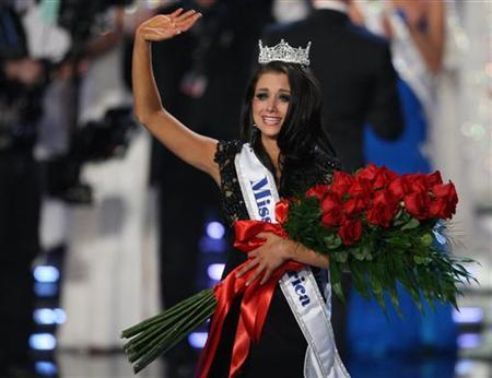 Laura Kaeppler Wins 2012 Miss America