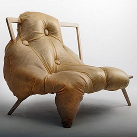 The ugly sofa Bizarre Furniture