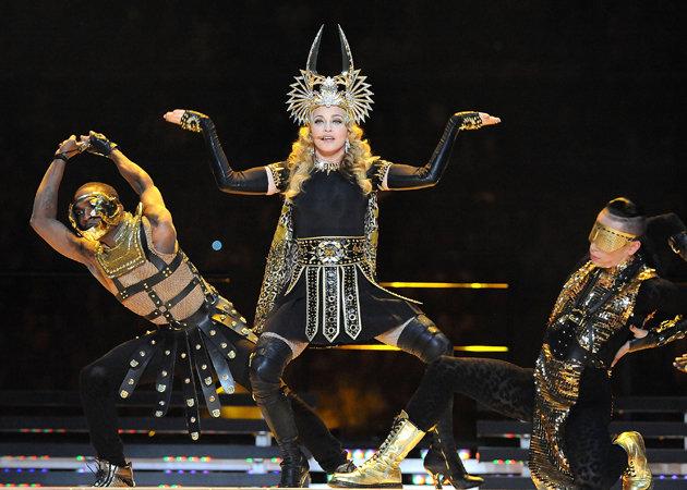 Finger Madonna Performance live