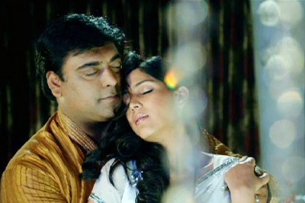 Ram Kapoor and Sakshi Tanwar's Intimate Kiss