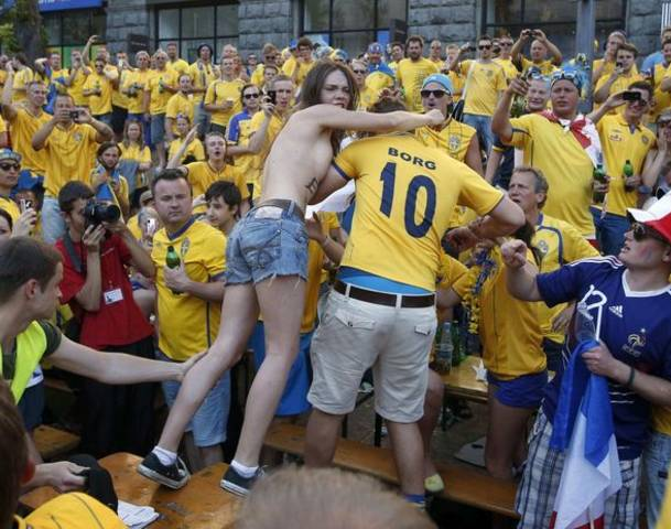 Topless Femen Protests at Swedish Fan Zone in Ukraine