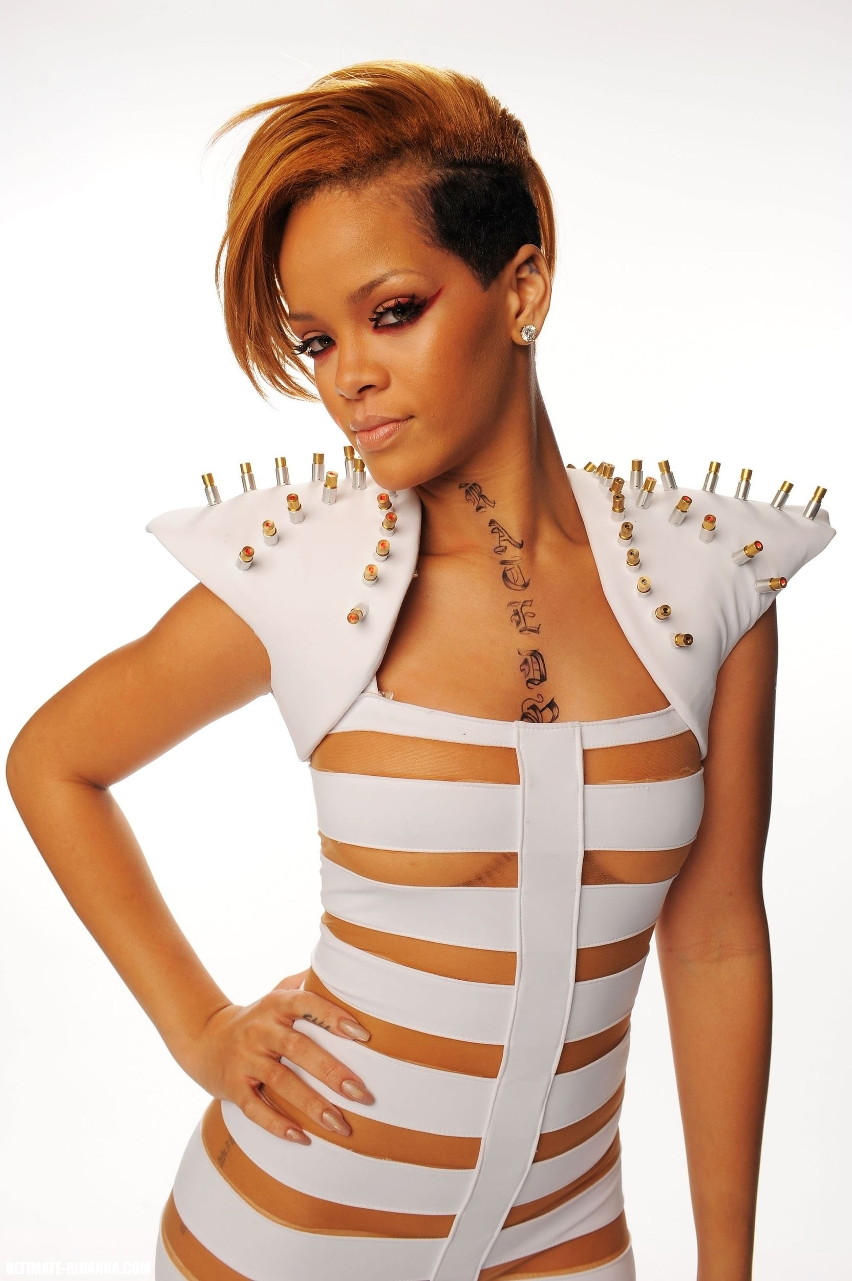 Frenchman Fined for Pirating Rihanna Songs