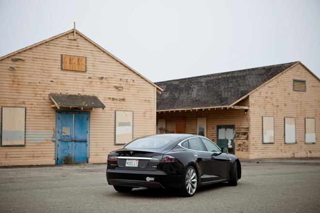 2013 Tesla Model S-2