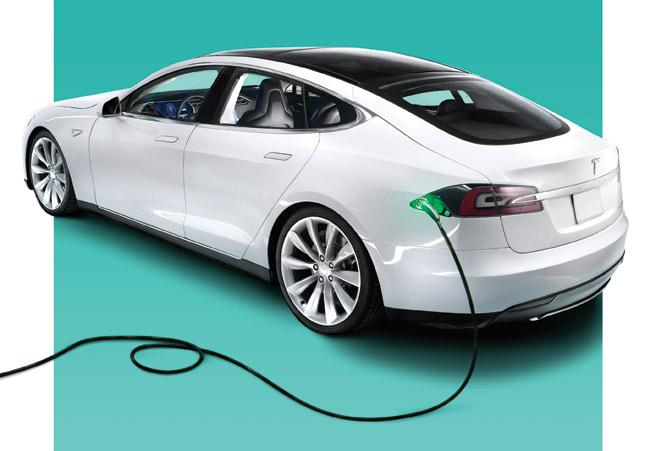 2013 Tesla Model S charging