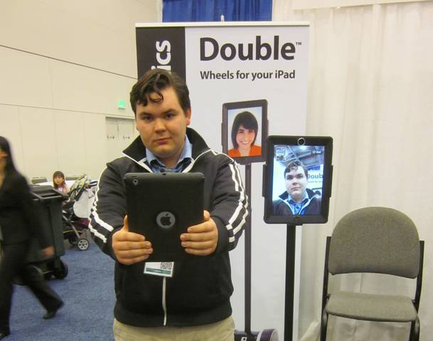 Turn Your iPad into  Roaming Robot